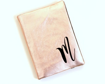 Genuine Leather Business Card Holder, Rose Gold Metallic Leather, Monogram Gift Card Holder, Credit Card Organizer