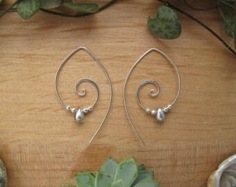 Silver Spiral Earrings // Silver Teardrop Earrings // Glass Bead Earrings // Spiral Jewellery // Handmade