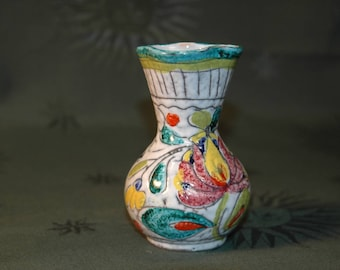 Small painted flowers decor pottery vase