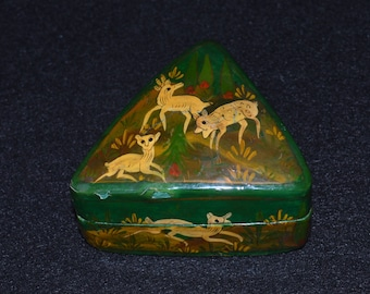 Papier Maché Box, Triangular Trinket Box, Green and Gold Box with Deer,  Papier Mache, Made in India, Green Trinket Box, India Papier Mache