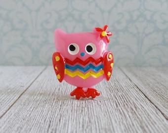 Owl - Pink - Wisdom - Knowledge - Gift - Inspirational - Achievement - Lapel Pin