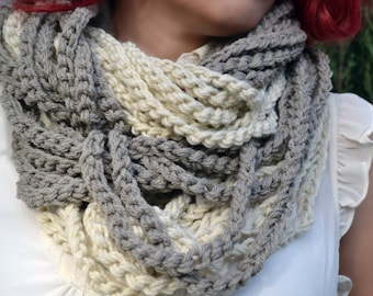 Neutral tones crochet cowl, womens scarf, crochet scarf, winter scarf, chunky cowl, loop infinity scarf, chain necklace, winter fashion