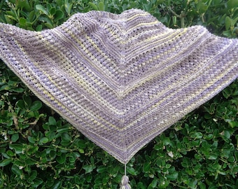 HAND-KNITTED SHAWL