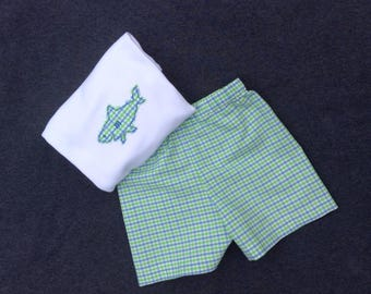 Boys Shorts Set, Free Monogram,diaper cover set, boys, toddlers, classic, seersucker, shorts and tee shirt