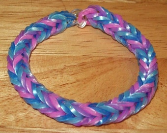 Rainbow Loom Rubber Band Bracelet, Bubble Gum Colors of Blues, Pink, and Purple - Fancy Fishtail Design