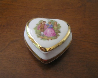 Vintage Limoges Trinket Box Heart Shaped Porcelain Fragonard Courting Couple, Limoges Trinket Box, Limoges Heart Shaped Trinket Box