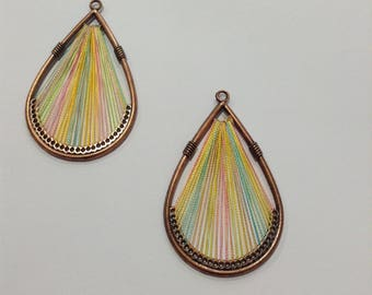 Set of 2 drops in brass and threads