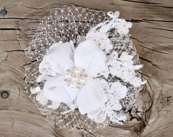 BEEutiful Vintage inspired wedding hair clip