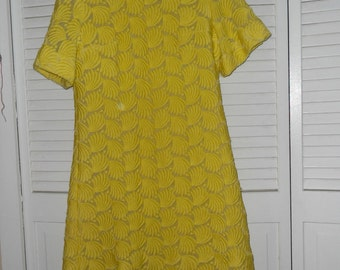 Vintage Heiser Yellow Short Sleeve Dress 1960s