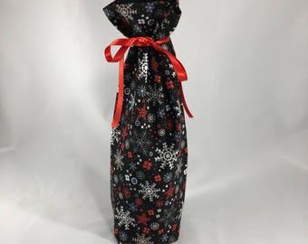 Wine bottle gift bag - snowflake print