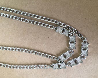 1970s Silver Tone Long Necklace