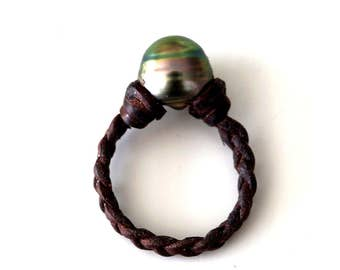 Tahitian pearl, woman ring, braided leather, australian leather