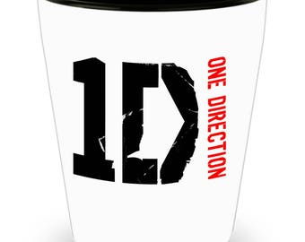 Beautiful One Direction 1D Shot Glass - One Direction Christmas Gifts - Features a Stunning Image of Niall Horan, Zayn Malik, Liam Payne,