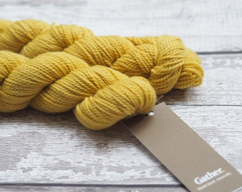 Naturally dyed yarn - Dock on 100% Lambswool