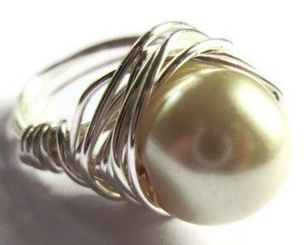 Cream Glass Pearl Wire Wrapped Ring Fashion Jewelry