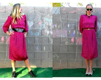 Vintage 1980 s Hot rose et noir imprimé graphique mi longueur Secrétaire robe par Luci Pellini