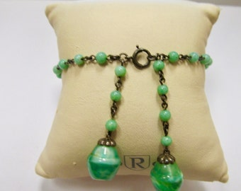 Vintage Green Glass Beaded Bracelet Item W # 100
