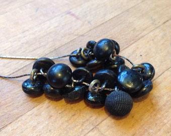 Vintage button necklace // black