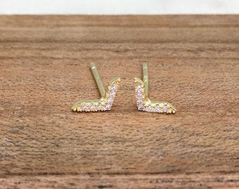 Classic Tiny V-Arrow Minimalist Dainty Diamond Simulant CZ Stud Earrings, Hypoallergenic, Minimalist, Dainty Earrings, Gift for Her