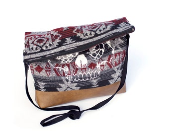 Aztec Hops Skull slouchy bag with faux leather - craft beer purse