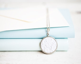 Lace necklace with white lace l005