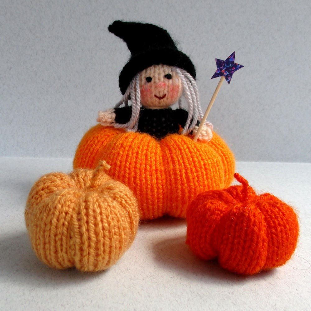 Halloween Witch and Pumpkins - toy doll or pincushion knitting ...