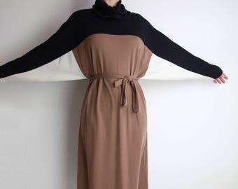 VINTAGE Colorblock Dress 1980s Batwing Black Brown Large
