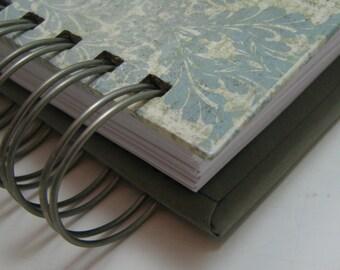 Weekly Agenda - Pocket Size - Agenda - Planner - Weekly Calendar - Organizer Planner - Unique Planner - Organize - Wire - Distress Damask