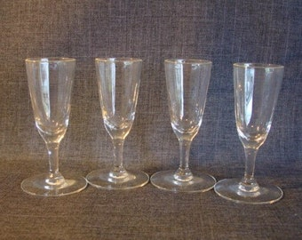 Set of 4 Vintage Cordial or Apertif Glasses, Fluted Liqueur Glasses, Cordial Glasses