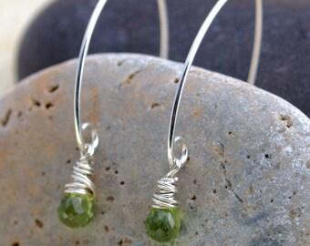 Peridot Earrings - Silver and Green Earrings- Green Stone Earrings - Peridot Briolette Earrings