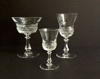 Vintage Pressed Glass Stemware 3 Piece Place Setting, Diamond Cut and Arches, Champagne Cordial Aperitif Glasses