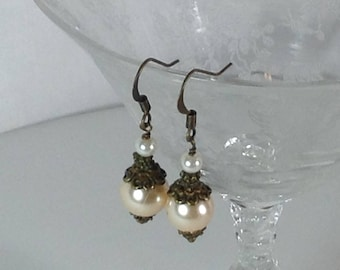 Vintage Design Peach Pearl Bridal  Bridesmaid Earrings