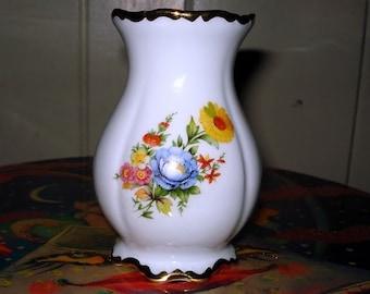 22K Gold  porcelain vase made in Germany