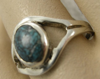 RING STERLING TURQUOISE, Heavy Spider Web Blue Turquoise Stone 6 x 8 mm Bezel set,ooak, Size 7 1/2,