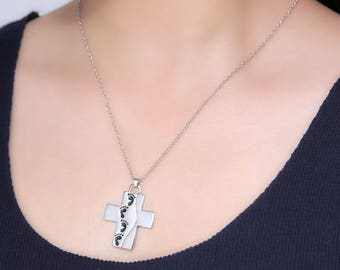 Cross Pendant With Footprints Prayer - Christian Crucifix Necklace With Inspirational Message - Jewellery