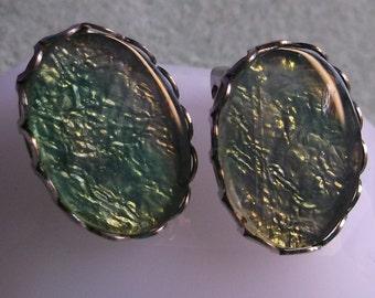 VJE-0002-C, VINTAGE 3/4 Inch Greenish/Blue Clip On Earrings
