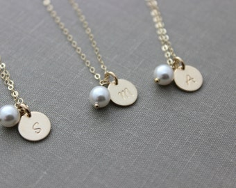 14k Gold Filled Mini Initial Disc and White Swarovski Crystal Pearl -14k Gold Filled Chain, Personalized Bridesmaids Gifts, Bridal Party Set