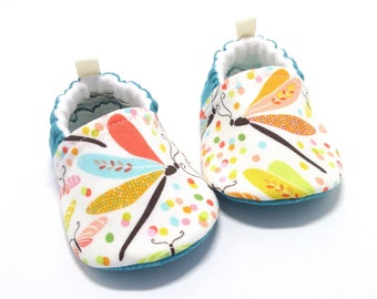 Dragonfly Baby Shoes, baby gift, Soft Sole Baby Shoes, Baby Booties, Toddler slippers, baby shoes girl, baby shower gift, baby moccasins