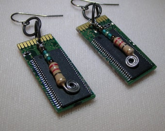 Recycled Circuit Board, Bead & Resistor Dangle Earrings. Ecycled earrings. Geeky earrings. Steampunk earrings. Computer component earrings.