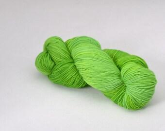 handdyed sockyarn superwash - wool/nylon mixture - fingering weight - colour s 90