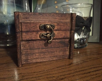 Custom Made | Vintage Mini Jewelry Box
