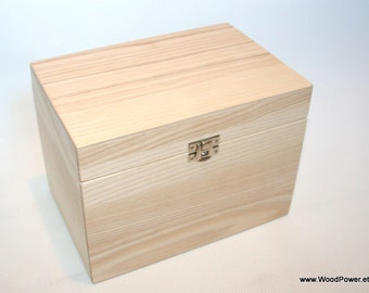 Wooden Keepsake Box / Wooden Gift Box / Storage Box  7.87 x 5.11 x 5.9 inch
