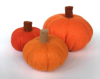 Wool Felt Food Pumpkin, Wool Playfood Squash, Halloween Party Favor, Pretend Play Food Vegetable, Baby Photo Prop, choose from 2 sizes