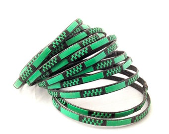 Bracelet plastic bracelet, braided ethnic bracelet with recycled wire from electrical wire, set of 10 green, black African bangles