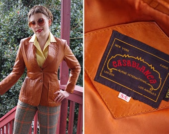 CARAMEL 1960's 70's Vintage Brown Leather Blazer Jacket with Wide Lapels // by CASABLANCA // size Small 34