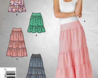 """An Easy Sew Gathered/Tiered Skirt in 2 Lengths Sewing Pattern for Women: Uncut - Sizes 6-8-10-12-14-16, Waist 23""""-30"""" ~ Simplicity 4549"""