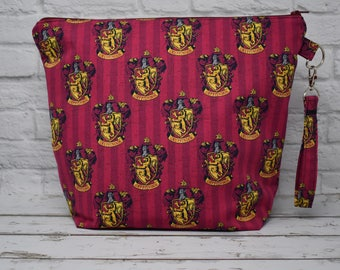 Gryffindor Project Bag - Medium Bag for Knitting or Crochet