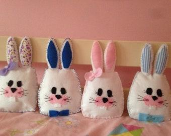 Small bunnie cushions
