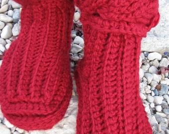 Cable crochet slipper boots pattern.  Slipper boots.  Crochet boots pattern.