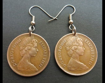 "Classic Jewelry (1981 Vintage Queen Elizabeth II, Great Britian, Large Bronze British ""New 2 Pence"" Coin Earrings, Pendants - England Crown)"